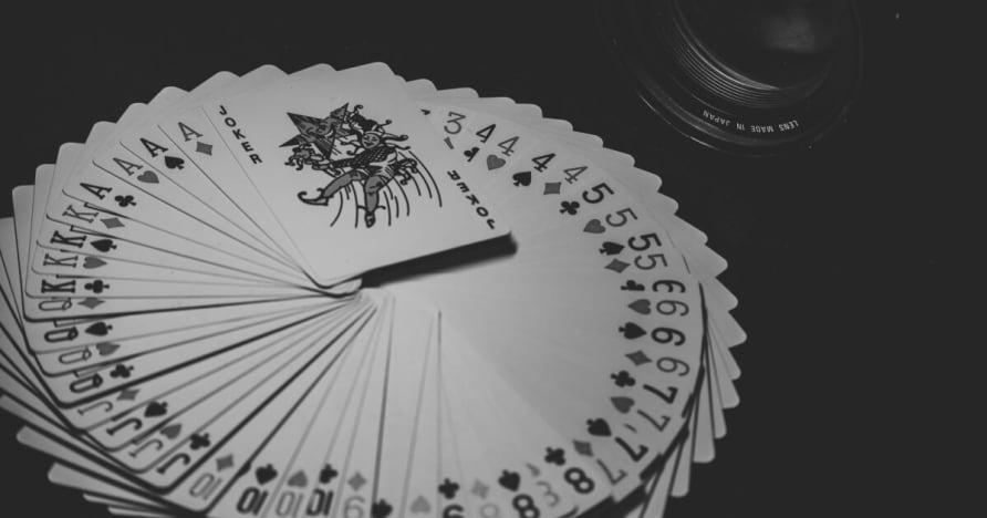 Storlek, trender och statistik Mobile Gambling marknaden 2001-2023