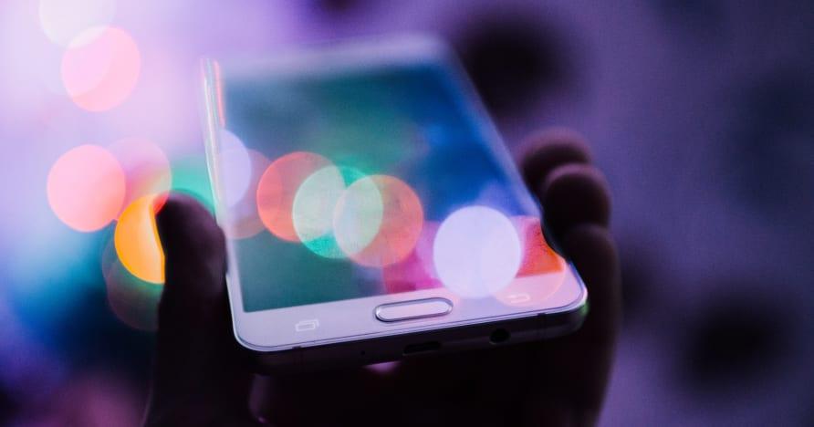 Varför onlinespelare vänder sig till mobilspel